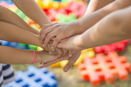 manos resol conflictos