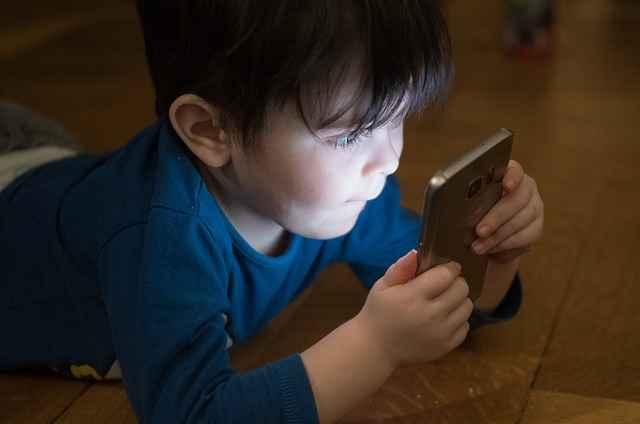 Riesgos y conflictos en internet en menores